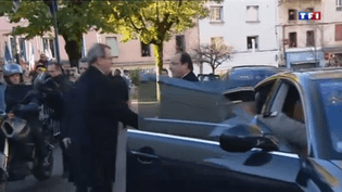 """Capture d'écran du reportage de TF1, où le son a été """"décalé de 4 secondes"""", selon la direction, le 11 novembre 2013. (  FRANCETV INFO )"""