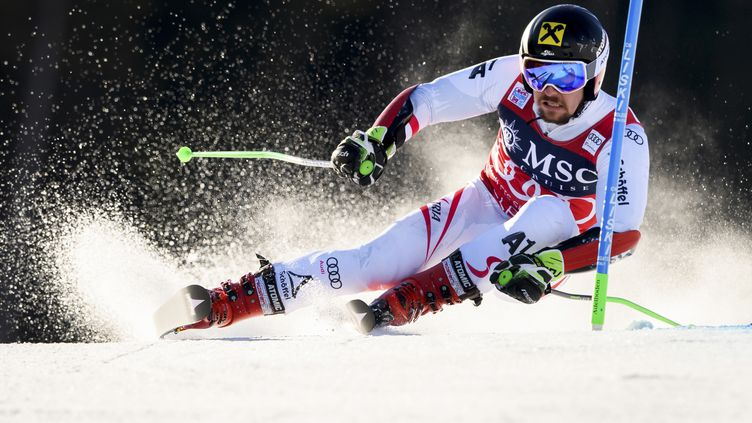 L'Autrichien Marcel Hirscher (FABRICE COFFRINI / AFP)