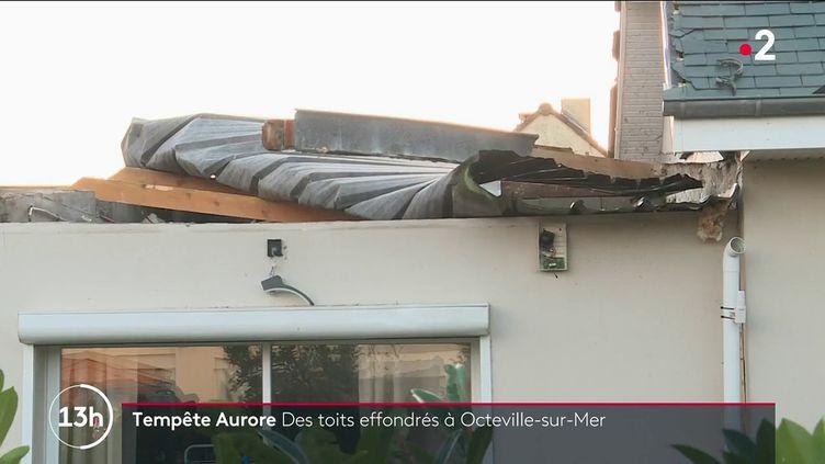 Une partie de la France a subi de très fortes perturbations lors du passage de la tempête Aurore. Dans certainesvillesde Normandie, les rafales ont avoisiné les 170 km/h. (CAPTURE ECRAN FRANCE 2)