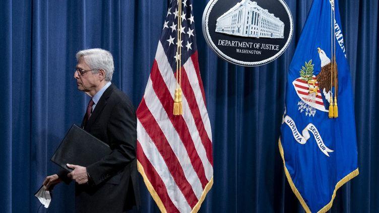 Le ministre de la Justice Merrick Garland lors d'une conférence de presse au ministère de la Justice à Washington, le 21 avril 2021. (GETTY IMAGES NORTH AMERICA)