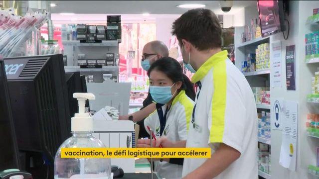 Covid-19 : la vaccination élargie, les pharmaciens mis à contribution