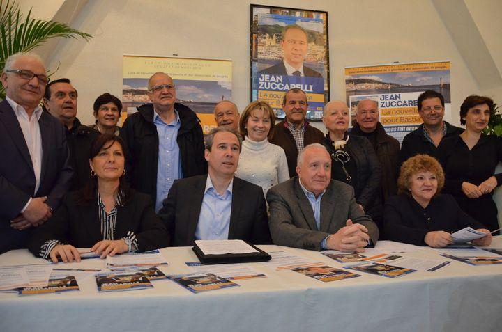 Le candidat Jean Zuccarelli (au centre) et ses colistiers, le 27 mars 2014 à Bastia (Haute-Corse). (THOMAS BAIETTO / FRANCETV INFO)