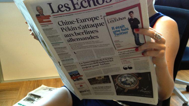 """Une partie des femmes journalistes du quotidien """"Les Echos"""" font la grève des signatures, le 7 juin 2013. (FRANCETV INFO)"""