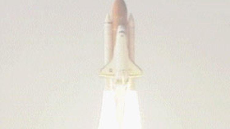 La navette Endeavour lors d'un précédent lancement. (© France 3)