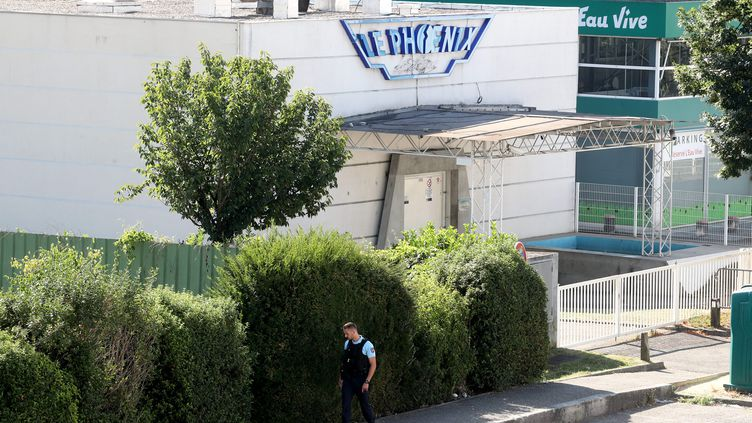 La rixe a eu lieu devant cette discothèque de Meylan, dans l'Isère. (CHRISTOPHE AGOSTINIS / MAXPPP)