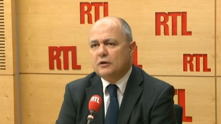Bruno Le Roux, chef de file des députés PS, invité de RTL, le 24 avril 2014. (RTL / FRANCETV INFO)