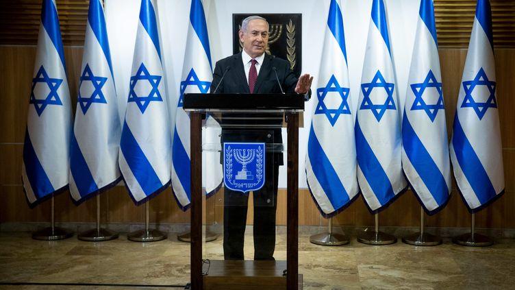 Le Premier ministre d'Israël, Benyamin Nétényahou, s'exprime au Parlement, le 22 décembre 2020. (YONATHAN SINDEL / POOL / AFP)