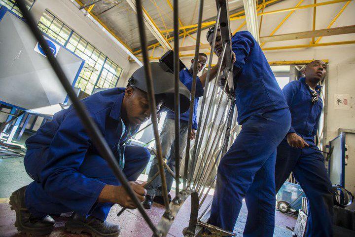 Jeunes en formation dans un centre à Windhoek, en Namibie. (OLEKSANDR RUPETA/NURPHOTO)