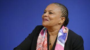 Christiane Taubira lors d'une conférence de presse au ministère de l'Economie, à Paris, le 15 décembre 2015. (ERIC PIERMONT / AFP)
