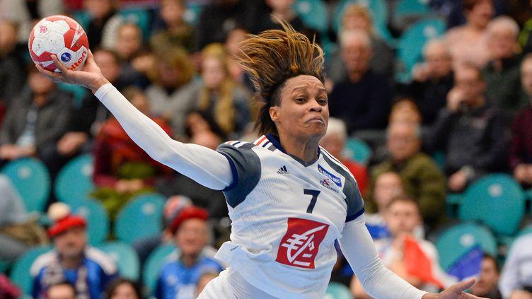 Allison Pineau (France)