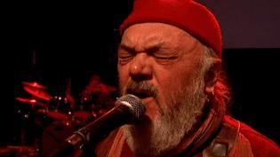 Christian Décamps, chanteur du groupe depuis sa création.  (France3/Culturebox)