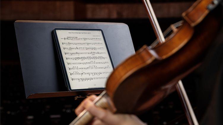 L'application Enote permet au musicien d'intéragir avec sa partition. (RORY O'MALEY / ENOTE TEAM)