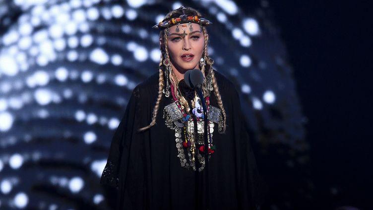La chanteuse Madonna sur la scène des Music Awards, New York, en août 2018