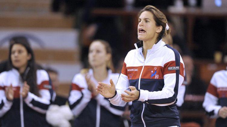 Amélie Mauresmo lors de sa première rencontre comme capitaine de Fed Cup à Limoges