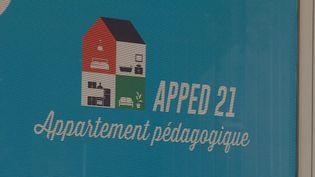 A Dijon, deux associations accompagnent les réfugiés qui dispose d'un logement individuel. (M. Genevois / France Télévisions)