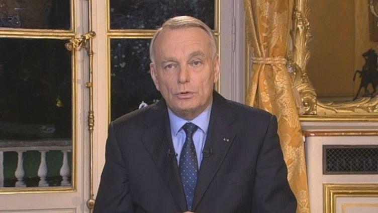 Le Premier ministre, Jean-Marc Ayrault, invité du 20 heures de France 2, quelques minutes après une réunion avec les syndicalistes de Florange, le 5 décembre 2012 à Matignon. ( FRANCE 2 / FRANCETV INFO)