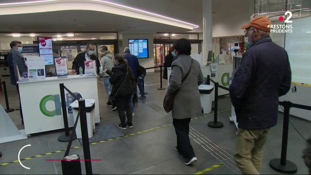 Belgique : à Liège, des bénévoles prêtent main forte à l'hôpital