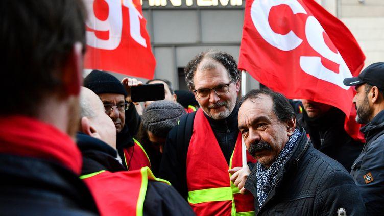 Philippe Martinez, sécrétaire général de la CGT, lors d'une manifestation à Paris, le 3 janvier 2020. (CHRISTOPHE ARCHAMBAULT / AFP)