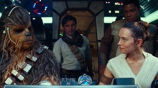 """Dark Vador, Princesse Leia, Luke Skywalker, les maîtres Jedi... Ils sont tous de retour dans le nouvel épisode de la saga """"Star Wars"""", qui est aussi le dernier. (Copyright 2019 and TM Lucasfilm Ltd. All Rights Reserved)"""