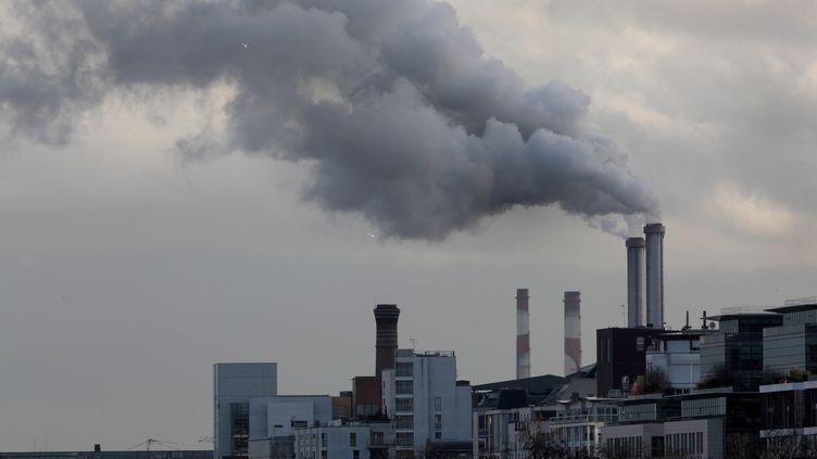 Une usine près de Paris, en novembre 2019. (MANUEL COHEN / AFP)