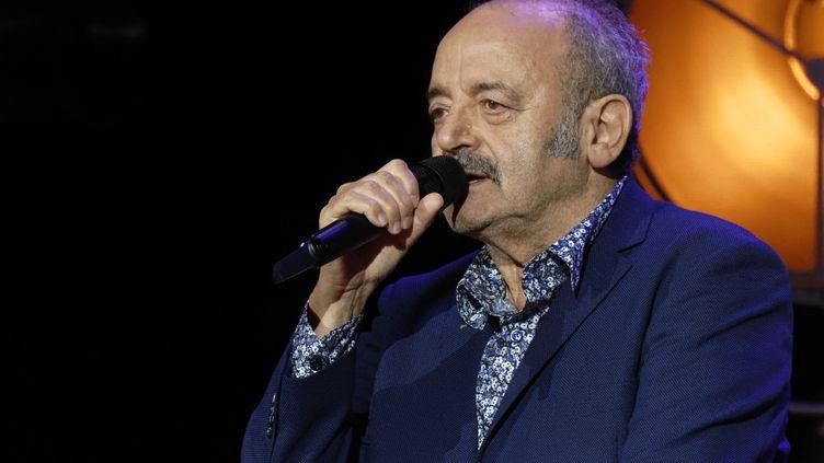 L'artiste Louis Chedid en 2020 aux Folies Bergère (Paris). (SADAKA EDMOND/SIPA)