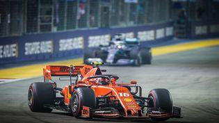 Charles Leclerc en 2019, lors du dernier Grand Prix de Singapour. (ANTONIN VINCENT / DPPI MEDIA)