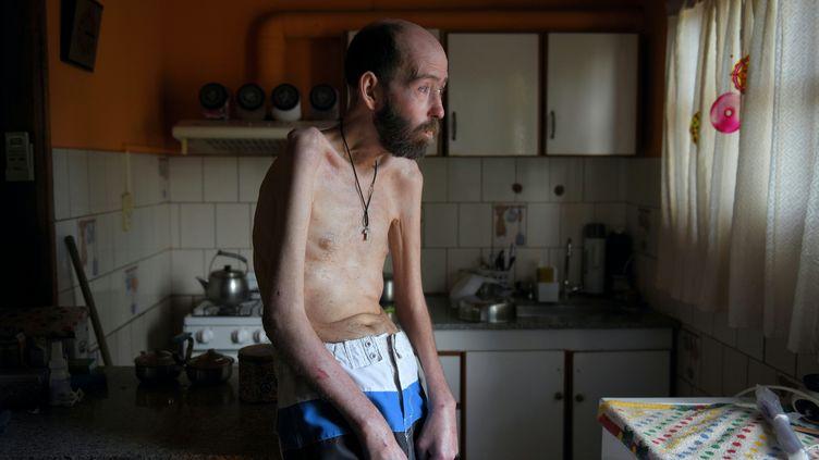 L'ancien ouvrier agricole Fabian Tomasi à son domicile de Basavilbaso (Argentine), le 7 février 2018. (PABLO AHARONIAN / AFP)