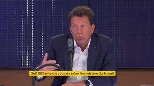 Geoffroy Roux de Bézieux, président du Medef, invité du 8h30 franceinfo le 25 août 2021 (CAPTURE D'ECRAN FRANCEINFO)