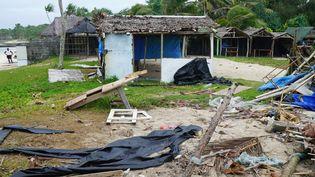 Des bâtiments détruits par le passage du cyclone Harold, le 7 avril 2020, à Port Vila (Vanuatu). (PHILIPPE CARILLO / AFP)