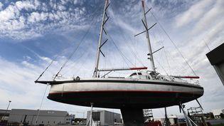"""Le voilier cargo """"Grain de sail"""", à Lorient, le 15 septembre 2020. (FRED TANNEAU / AFP)"""