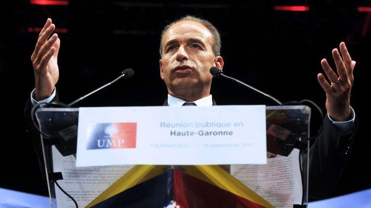 Le président de l'UMP, Jean-François Copé, le 18 septembre 2013, à Tournefeuille près de Toulouse (Haute-Garonne), pour le lancement de la campagne des municipales. (ERIC CABANIS / AFP)