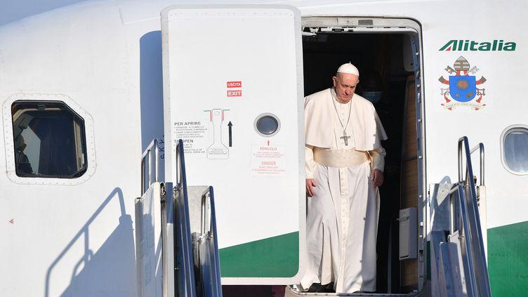 Le Pape François arrivant à Budapest (Hongrie) le 12 septembre 2021. (TIZIANA FABI / AFP)