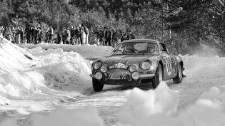 Une Alpine Renault au Rallye de Monte-Carlo en janvier 1970. (STF / AFP)
