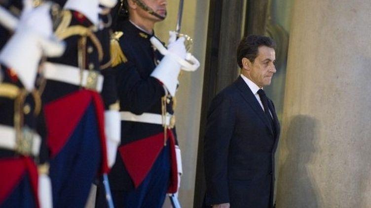 Nicolas Sarkozy sur les marches du palais de l'Elysée, le 8 novembre 2011. (AFP - Lionel Bonaventure)