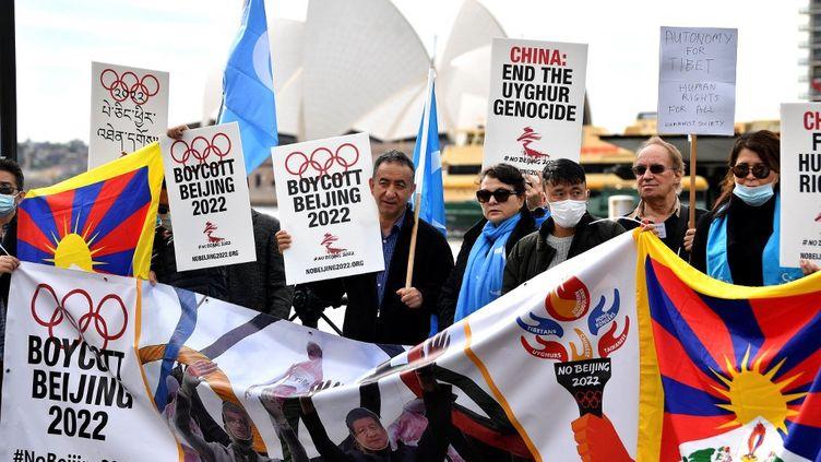 En juin 2021, des militants pour les droits de l'homme avaient déjà manifesté contre l'organisation des Jeux olympiques d'hiver à Pékin en 2022. (SAEED KHAN / AFP)