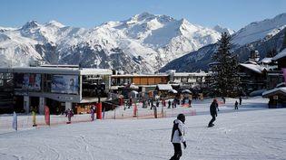 Vue de la station de ski de Courchevel, le 10 février 2017. (JEAN-PIERRE CLATOT / AFP)