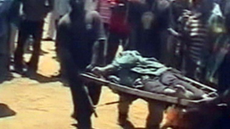 Une des victimes des attaques à caractère ethnique près de la ville nigériane de Jos (France 2)