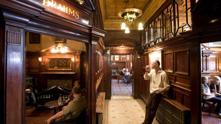 """A Liverpool, lePhilharmonic Dining Rooms, le """"pub des Beatles"""", classé monument historique de premier plan (MAISANT LUDOVIC / HEMIS.FR)"""