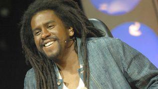 Le chanteur de reggae français Tonton David en 2003. (SIPA)