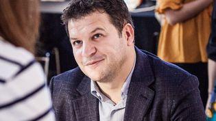 Guillaume Musso en séance de dédicace au salon Fnac Livres à Paris (14 septembre 2018)  (Tristan Reynaud / SIPA)