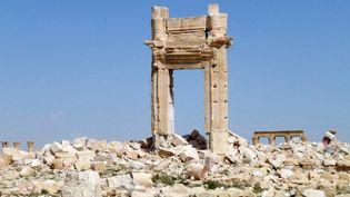 Un autre vue du temple de Bêl sur lequel se sont particulièrement acharnés les jihadistes, avec la volonté de detruire ce site anté-islamique. Classé au patrimoine mondial de l'Unesco, la cité antique de Palmyre était l'attraction touristique majeure de la Syrie, avant la guerre. (MAHER AL MOUNES / AFP)