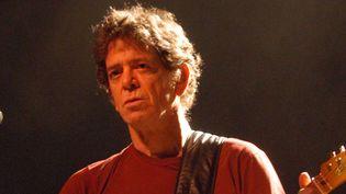 Lou Reed sur scène le 24 avril 2004 à Francfort  (Bernd Kammerer / AP / Sipa)