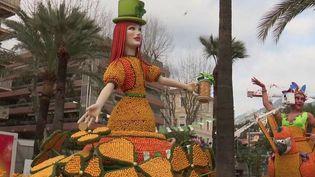 La fête du citron, qui se déroule actuellement dans la ville de Menton (Alpes-Maritimes), à 11km de l'Italie, se voit impactée par le coronavirus. (FRANCE 3)