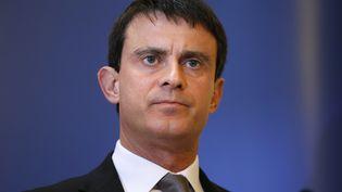 Le ministre de l'Intérieur, Manuel Valls, le 8 décembre 2012 à Paris. (KENZO TRIBOUILLARD / AFP)