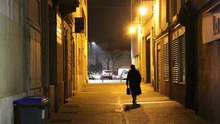 Illustration du couvre-feu à Valence pour lutter contre l'épidémie de coronavirus / confinement (CLAIRE LEYS / FRANCE-BLEU DRÔME-ARDÈCHE)