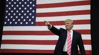 Le candidat républicain à la présidentielle américaine, Donald Trump, le 1er octobre 2016 à Manheim (Etats-Unis). (JOHN LOCHER / AP / SIPA)