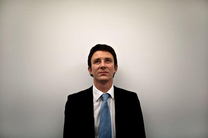 Benjamin Griveaux, alors vice-président du conseil général de Saône-et-Loire, le 16 octobre 2009 à Chalons-sur-Saône. (JEFF PACHOUD / AFP)