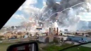 L'explosion survenue à Tultepec (Mexique) le 20 décembre 2016. (APTN)
