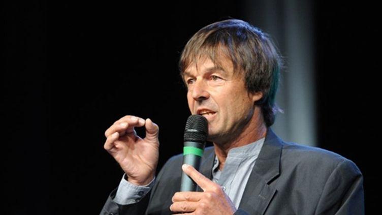 Nicolas Hulot annonçant sa candidature à Sevran (Seine-Saint-Denis), le 13 avril 2011 (AFP - BERTRAND GUAY)