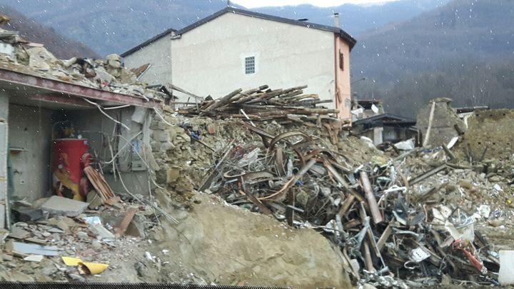 Les décombres à Amatrice (Italie) en décembre 2016, quatre mois après le séisme (RADIO FRANCE / MATHILDE IMBERTY)